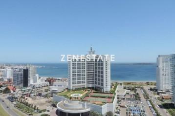 Apartamento en alquiler temporario Playa Mansa  3  dormitorios